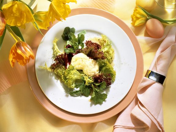 Leaf Salad with Goat Cheese and Orange Dressing
