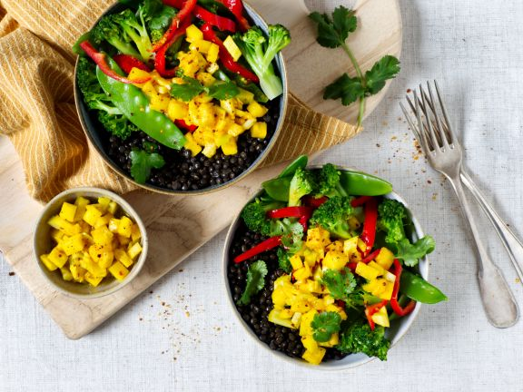 Lentil Bowl with Vegetables and Pineapple Salsa