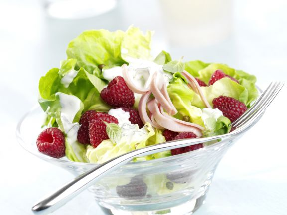 Lettuce Salad with Raspberries and Mint