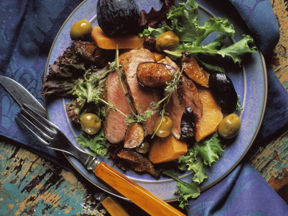 Mediterranean Duck Breast with Figs and Olives