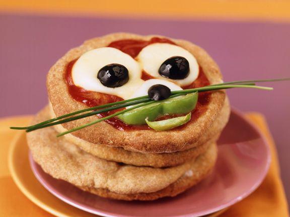 Mini Animal Pizzas for Kids