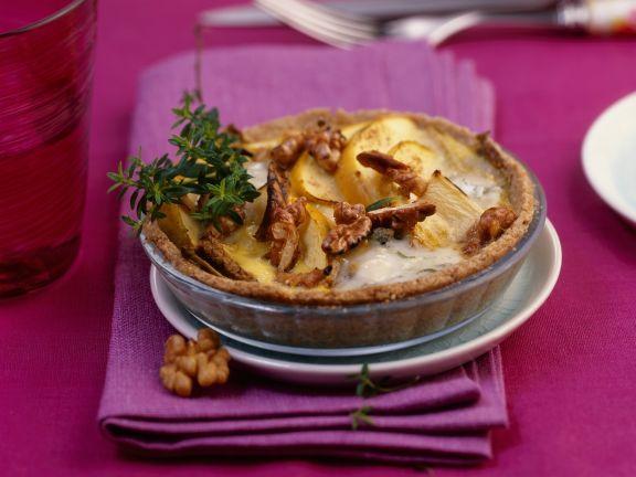 Mini Endive Tart with Apples, Walnuts and Gorgonzola