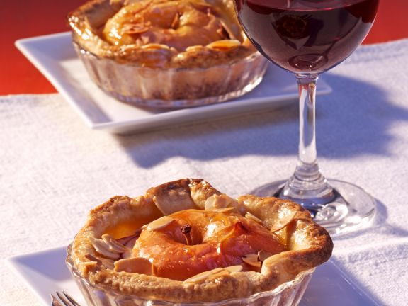 Mini Tarts with Baked Apple and Almond