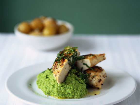 Minted Pea Puree with Chicken