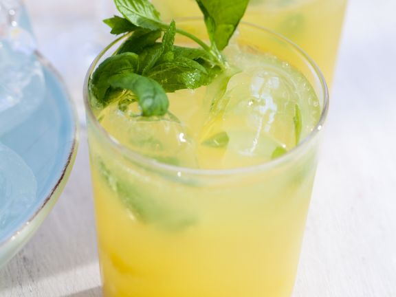 Minty Citrus Drink
