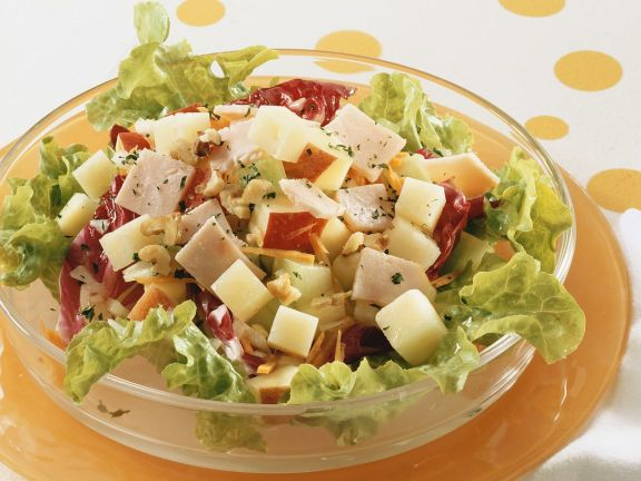 Mixed Green Salad with Apple and Ham