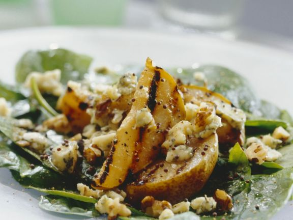 Mixed Green Salad With Grilled Pears and Stilton Cheese