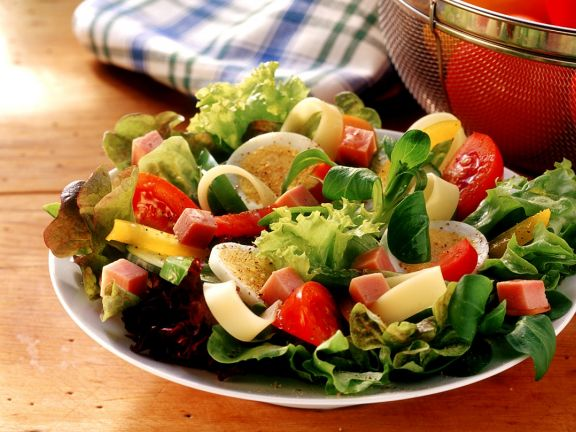 Mixed Salad with Ham and Eggs