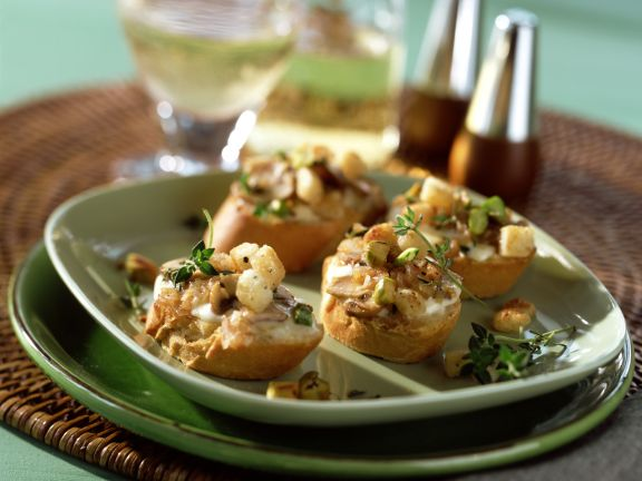 Mushroom Crostini with Mascarpone and Pistachios