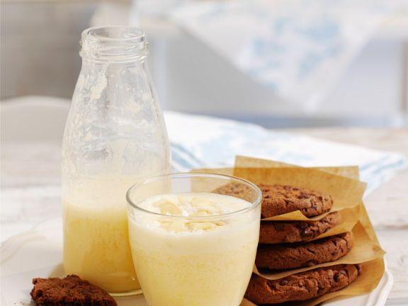Nut and Citrus Milkshake