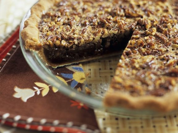 Nutty Tart with Brown Sugar
