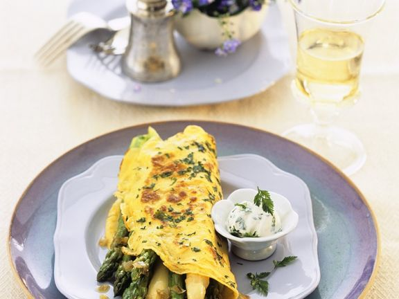 Omelet with Herbs and Asparagus