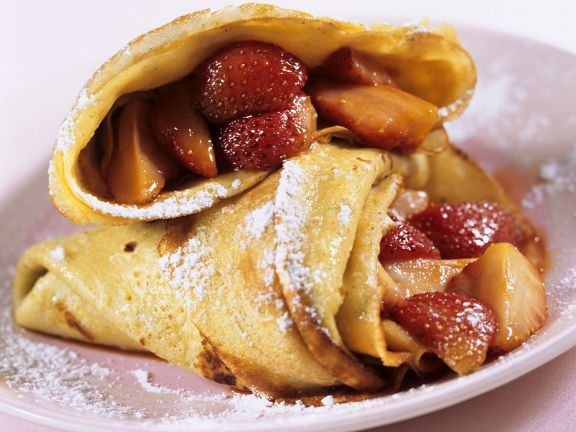 Pancakes Stuffed with Strawberries