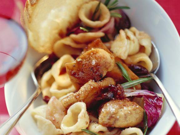 Pasta with Chicken and Radicchio
