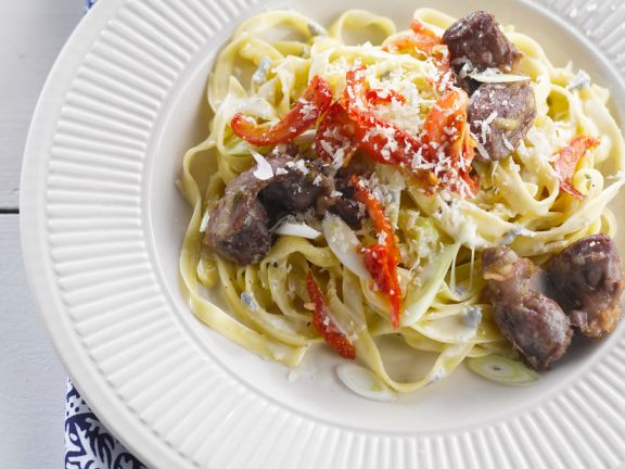 Pasta with Gorgonzola Sauce and Chicken Livers