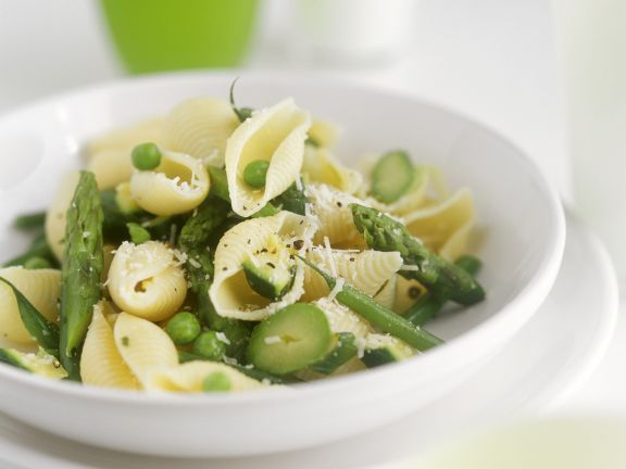 Pasta with Peas and Green Asparagus