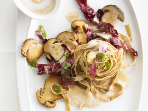 Pasta with Radicchio and Mushrooms
