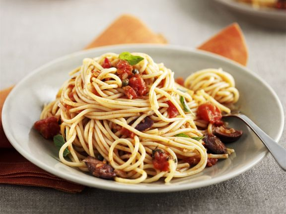 Pasta with Tomatoes, Olives and Capers