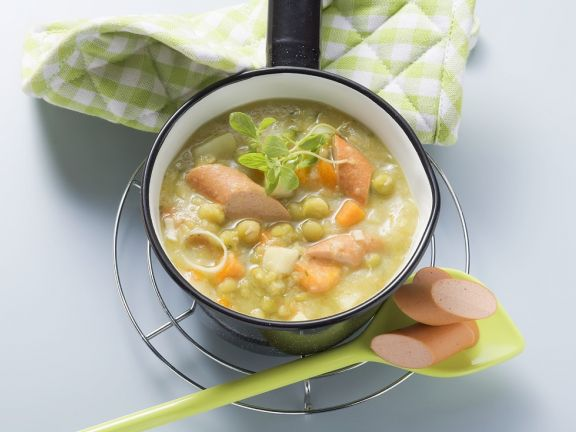 Pea Soup with Sausages