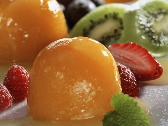 Peach Gelatin with Vanilla Sauce