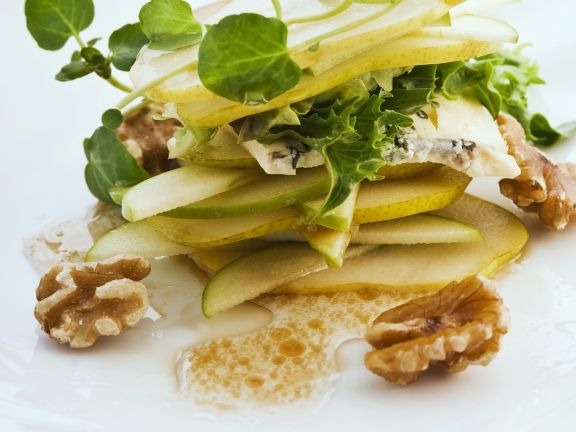 Pear and Apple Salad with Blue Cheese and Walnuts