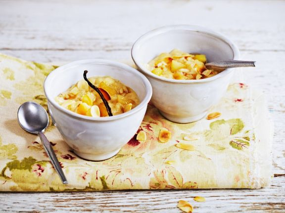 Pear Rice Pudding with Almonds