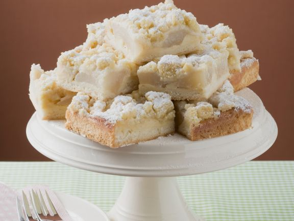 Pear Squares with Topping