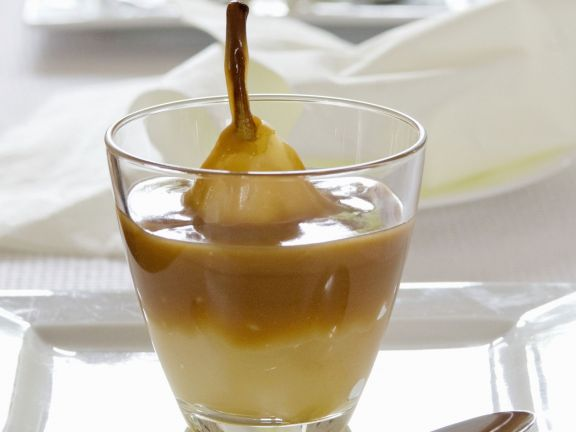 Pears in Vanilla and Caramel Cream