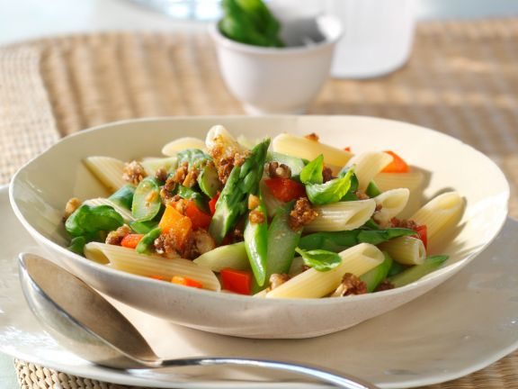 Penne with Asparagus and Red Bell Pepper