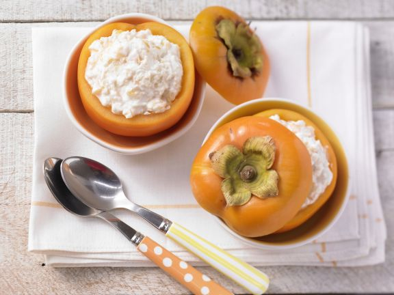 Persimmon Yogurt with Millet Flakes