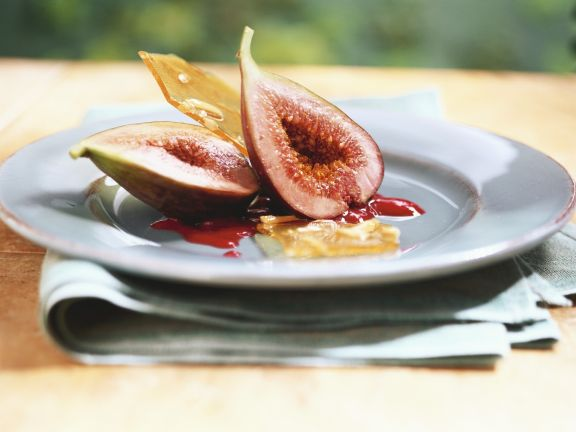 Pickled Figs with Raspberry Sauce
