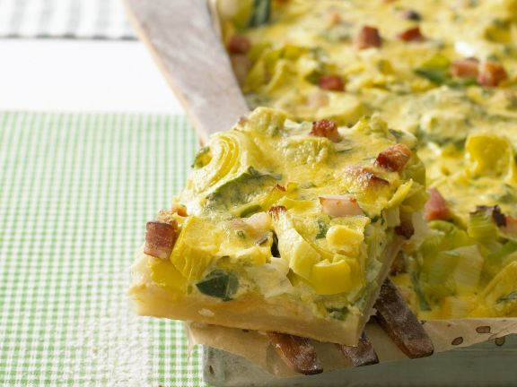 Pizza with Leeks and Bacon