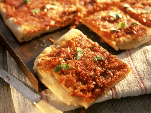 Pizza with Tomatoes and Onions