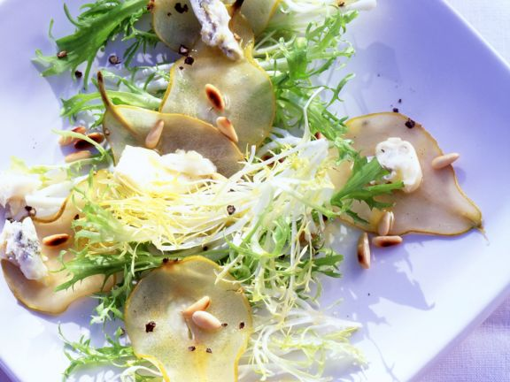 Poached Pears with Gorgonzola White Wine