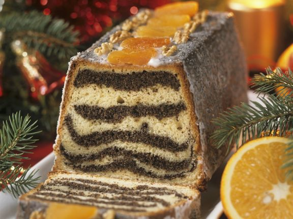 Poppy Seed Holiday Cake