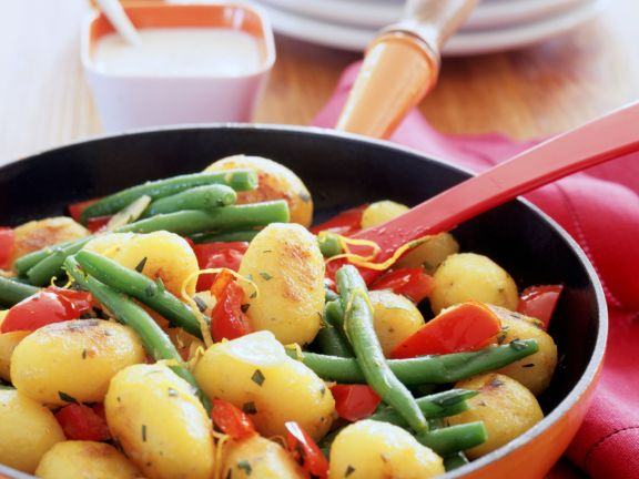 Potato and Green Bean Stir-fry