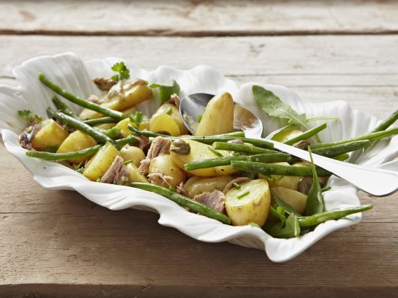 Potato and Tuna Salad with Green Beans
