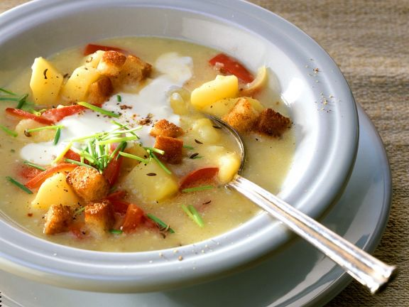 Potato Soup with Paprika and Sour Cream