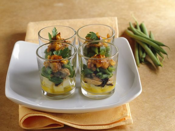 Potatoes and Mussels with Mango Chutney