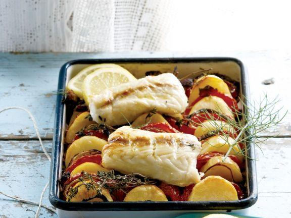 Potatoes with Garlic and Baked Fish