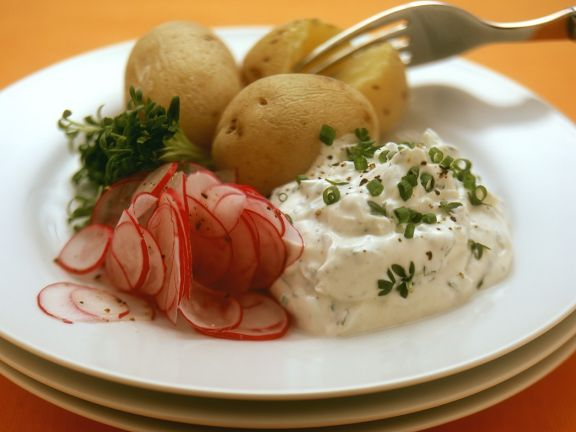 Potatoes with Herbed Quark