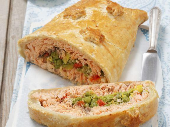 Polish Salmon En Croute