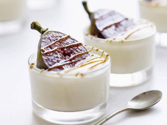 Quark Cream with Figs and Caramel