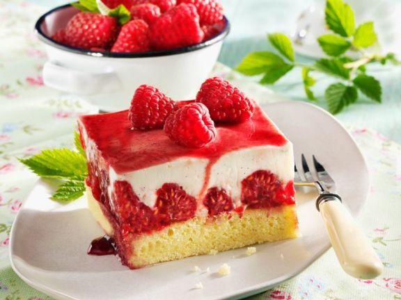 Raspberry and Yoghurt Slices