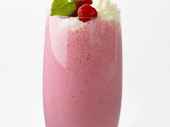 Raspberry, Banana and Yoghurt Shakes