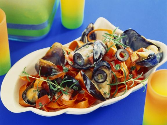 Red Pasta with Clams