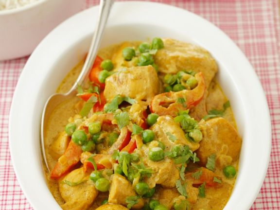 Red Pepper, Pea, and Chicken Curry