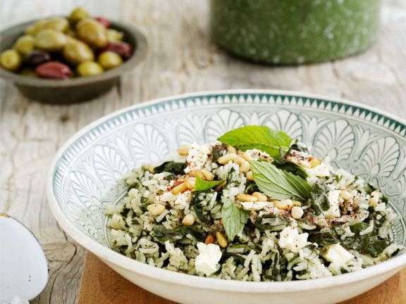 Rice and Spinach Salad with Cheese and Mint