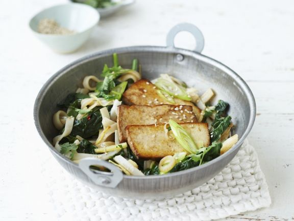 Rice Noodles with Spinach and Tofu
