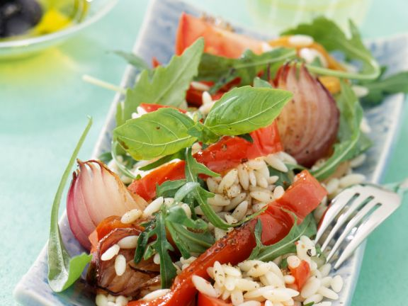Rice Salad with Peppers and Onions